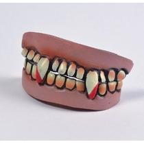 Dentes De Vampiro - Conjunto Completo De Caracteres Adulto E