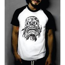 Camiseta Raglan M. Curta Caveira Pirata