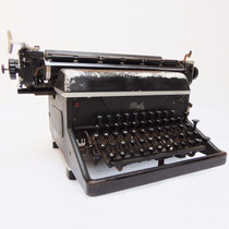 Antiga Máquina De Escrever Ruf Datilografia Objetos Antigos