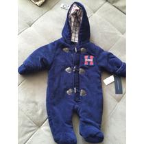Macacão Tommy Hilfiger Baby Menino Tamanho P Acolchoado Novo
