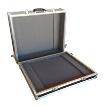 Hard Case P/ Mesa De Som Behringer Yamaha Ciclotron Mackie