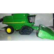 Mini Colhetadeira John Deere 9670 Sts Com Esteiras - 1/64