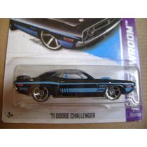 Rm487 Hot Wheels Dodge Challenger 71 Lacrado Coleção Hw 2012