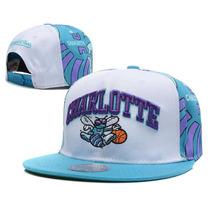 Boné Reta Snapback Charlotte Hornets Mitchell And Ness Nba