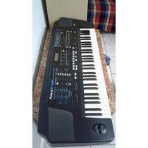 Teclado Roland E-56 Intelligent Synthesizer Com Case