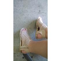 Sandália Na Cor Bem Verniz