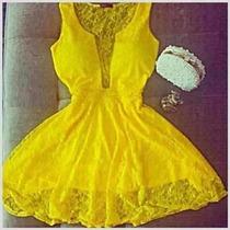 Promoção Vestido De Renda Decote Tule/panicats/juju Salimeni