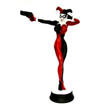 Estátueta De Resina Arlequina Harleen Quinzel Gotham Batman