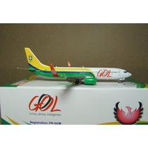 Avião Boeing 737-800 Gol Phoenix Models 1:400 (9.88cm)