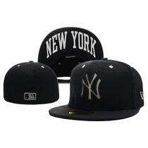 Bone New Era New York Aba Reta Tamanho 7 5/8 = 60,6 Cm