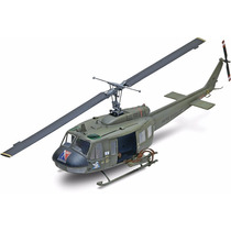 Revell 85-5536 Uh-1d Huey® Gunship 1:32