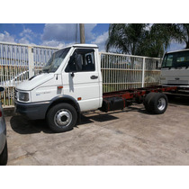 Iveco Daily 5912 Branca 2002/2003 Chassi