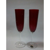Par De Taças Em Cristal Bohemia Vermelhas Com Pé Branco