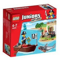 Lego Juniors Pirate Treasure Hunt 10679