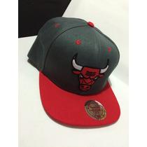 Boné Chicago Bulls Cinza Com Aba Vermelha Snapback Aba Reta