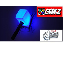 Luminária 3d Light Fx Martelo Do Thor Mjolnir Avengers As...