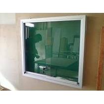Quadro De Avisos Com Porta De Vidro E Fechadura 80 X 100 Cm.