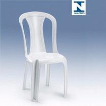 Cadeira Plástica