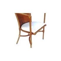 Móveis Em Fibra, Fabricados Em Alumínio, Cadeiras, Estofados