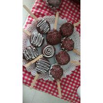 Pirulitos De Biscoito Coberto Com Chocolate