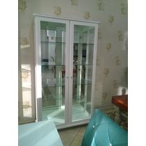 Cristaleira Laca Branca Com Prateleiras De Vidro, E Fundo...