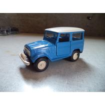 Miniatura Toyota Bandeirante Ano 1979