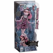 Boneca Monster High Assombrada Mattel - Draculaura