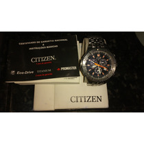 Relógio Citzen Eco Drive Skyhawk Titanium Em Aço Inoxidável