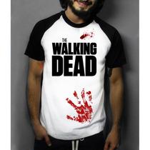 Camiseta Raglan Manga Curta The Walking Dead Infectados