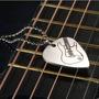 Pingente Palheta Guitarra Violão Baixo Em Metal
