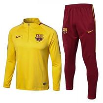 Busca Conjuntos da Nike com os melhores preços do Brasil ... e3f1396f7295c