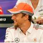 Boné Mclaren Mercedes Vodafone Fórmula 1 F1 - Produto Inglês