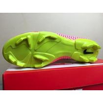 Chuteira Nike Magista Cano Alto Hyper Campo