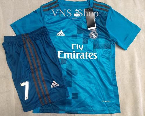 Kit Infantil Real Madrid - Cristiano Ronaldo 7 Frete Grátis c2ec2cf2d926e