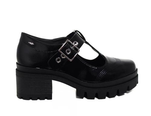 82bf82652 Sapato Dakota Tratorado Verniz G1352