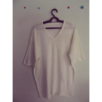 Camiseta Masculina Branca Tricot Decote V Cód. 239