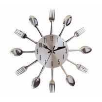 Relógio Parede Cozinha Formato Talheres Disponível