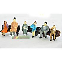 Kit 3 Bancos Marrom + 6 Figuras Humanas Escala Ho 1:87