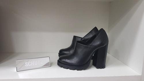 2806687f4 Sapato Vegetal - Schutz -sapato Salto Grosso Sola Tratorado. Preço: R$ 285  27 Veja MercadoLibre