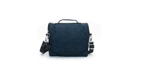 9e25ec952 Lancheira New Kichirou Azul Marinho Kipling à venda em Jardim ...