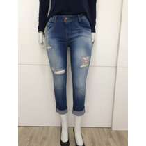 Calça Jeans Cropped Rasgada Desfiada Blogueira