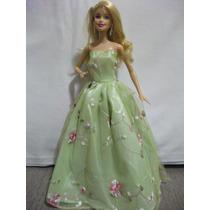 Vestido De Festa Para Boneca Barbie + 1 Par De Sandálias