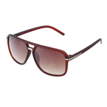 Óculos De Sol C Proteção Uv400 E Lentes De Resina