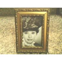 Porta Retrato Madeira Antigo Com Foto De Sophia Loren