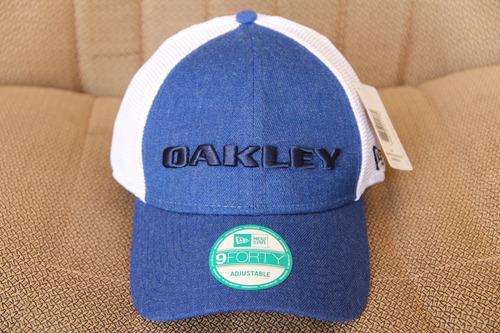 Frete Gratis Bone Da Oakley Telinha Fechado Atras aa4fa6e5e5f
