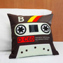 Almofada Decorativa Fita Cassete Retrô K7 Geek Decoração