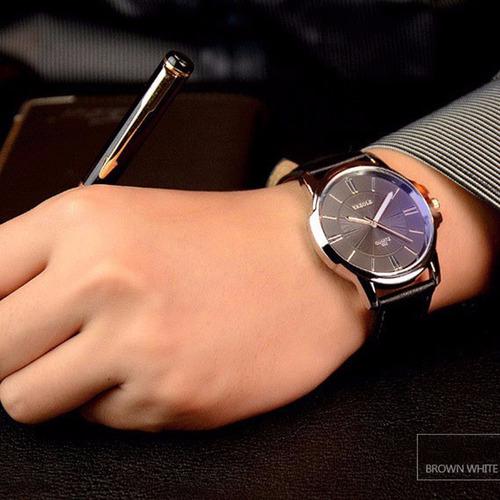 1603c6e3ffe Relógio Masculino De Luxo Social Pulseira De Couro Yazole N6