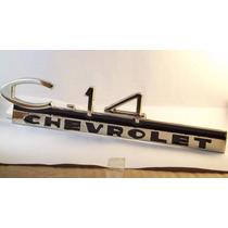 C14 - Emblema Do Paralamas Dianteiro Da Camionete Chevrolet