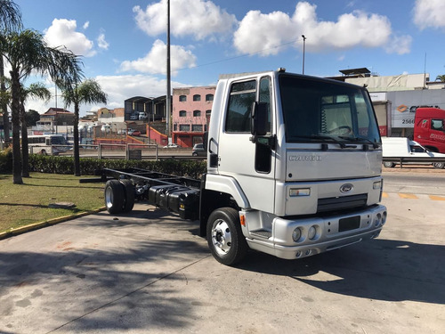 FORD 816 2013 NO CHASSI