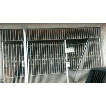 Portão Residência 5metros De Frente Usado De Cor Branco